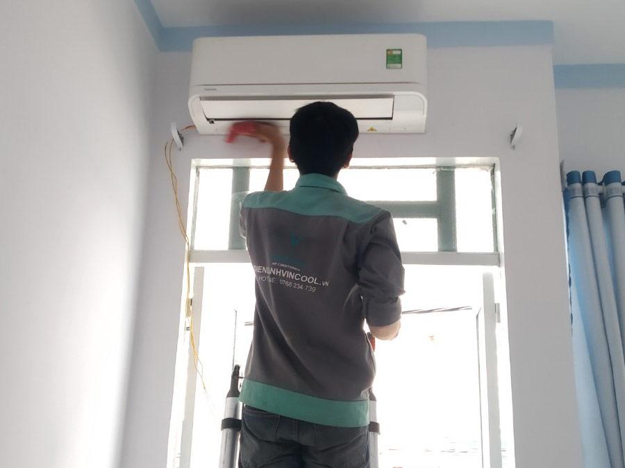 Tuyển thợ điện lạnh (5 Người)