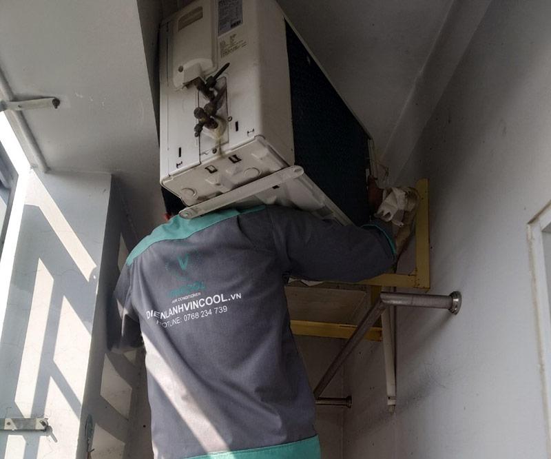 Dịch vụ tháo lắp máy lạnh quận Tân Phú – Điện Lạnh VinCool