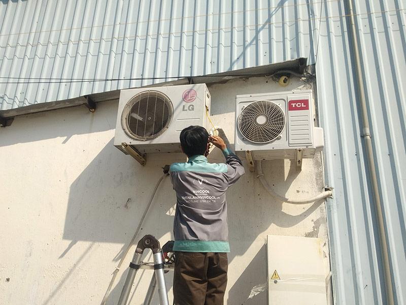 Dịch vụ tháo lắp máy lạnh quận Tân Phú giá rẻ, chuyên nghiệp