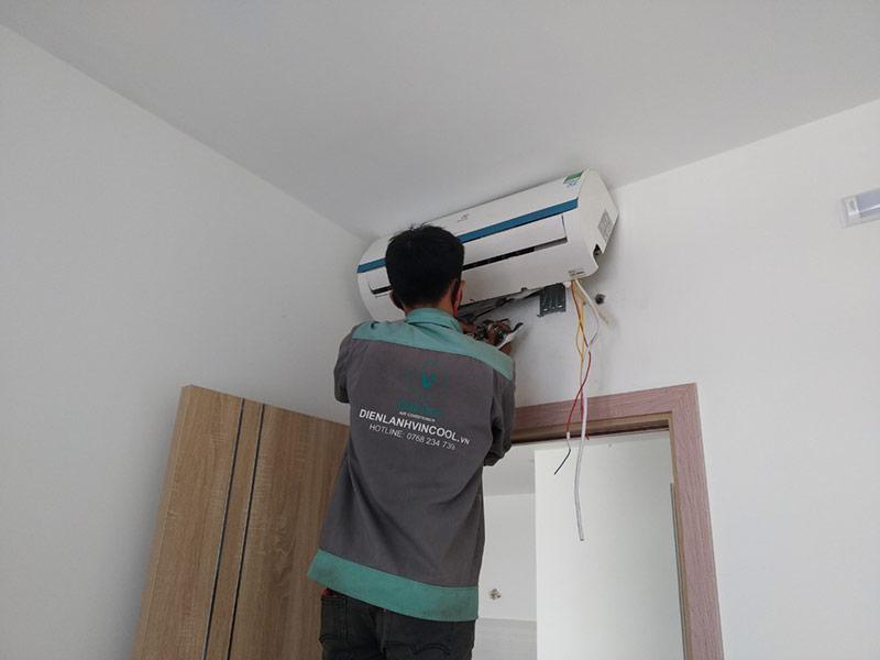 Lắp đặt máy lạnh Quận 12 bảo hành lên đến 12 tháng