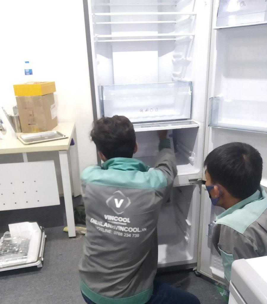 Mẹo tiết kiệm điện tủ lạnh mùa Lễ Tết