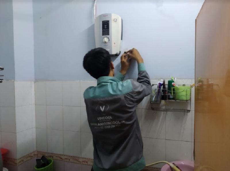 Sửa chữa máy nước nóng có đắt không?