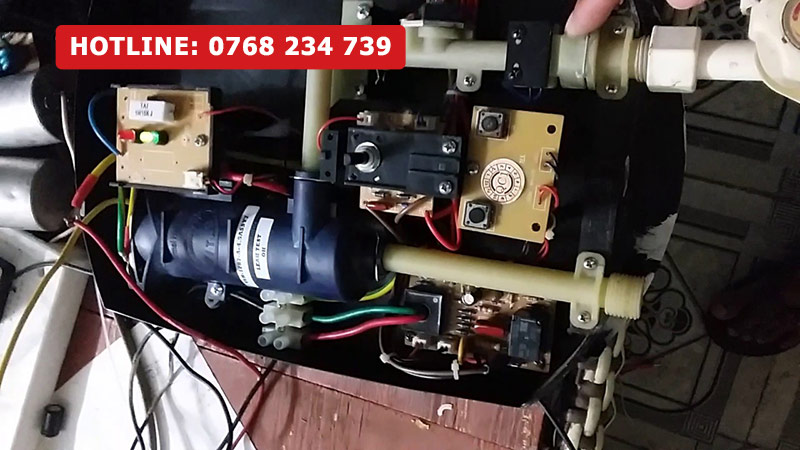sửa máy nước nóng quận 2 tại nhà trong 30 phút