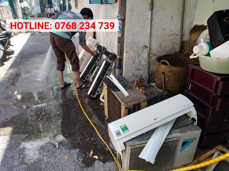 Vệ sinh máy lạnh quận 6 chuyên nghiệp, uy tín, giá cạnh tranh