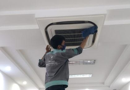 Tháo lắp máy lạnh Quận 7 tại nhà, có mặt trong vòng 30 phút