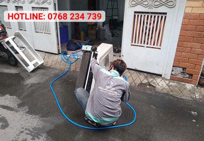 Vệ sinh máy lạnh quận 10 chuyên nghiệp, giá tốt TP HCM