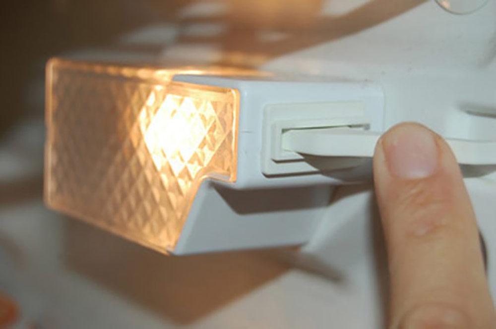 Sửa tủ lạnh không sáng đèn