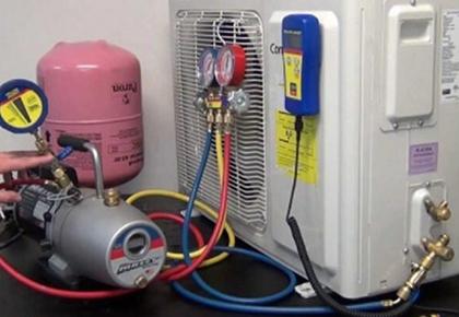 Có thể tự nạp gas máy lạnh không? Địa chỉ sửa máy lạnh quận 1 giá tốt ở đâu?