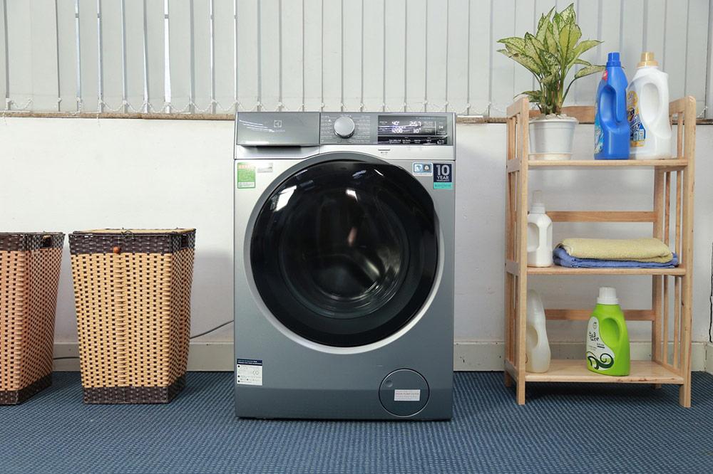 Máy giặt rung lắc mạnh và kêu to bất thường