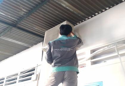 Quy trình vệ sinh máy lạnh quận Tân Bình an toàn tại nhà ai cũng nên biết